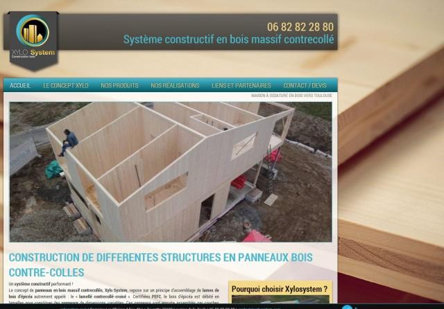 Construction d'une maison en panneaux