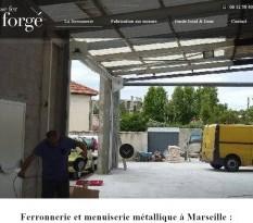 Ferronnier d'art pour un escalier en fer forgé à Marseille